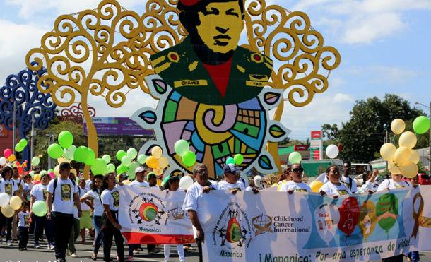 Managua se llena de globos por el Día Internacional de la Lucha contra el Cáncer Infantil