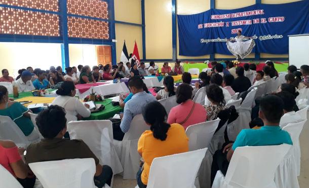 MINED realiza Congreso Departamental de Educación a Distancia en Juigalpa