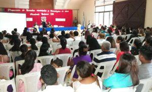 328 Chinandeganos festejan su promoción de Escuelas de Oficios