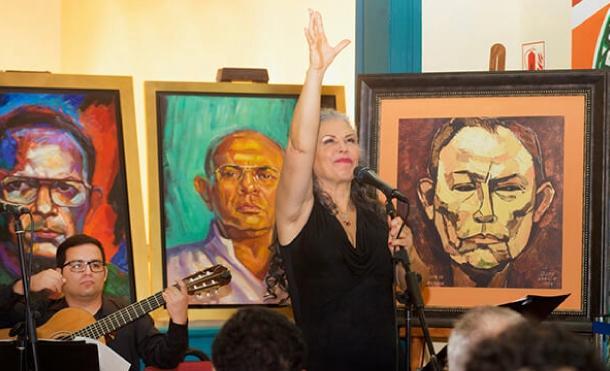 Rinden homenaje a Tomás Borge en Perú