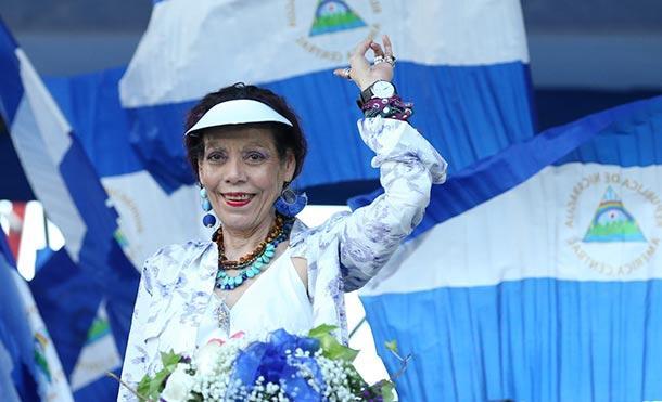 Compañera Rosario: El pueblo de Nicaragua con fe y esperanza va delante de la mano de Dios