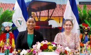 Foto Cortesía: Compañera Anasha Campbell, Ministra de Turismo y Compañera Mara Vanessa Stotti, Directora de Desarrollo Turístico, (INTUR).
