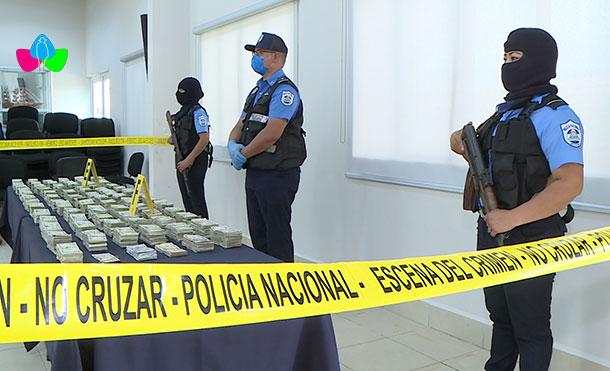 Foto Cortesía: La Policía Nacional incautó al crimen organizado QUINIENTOS SETENTA Y OCHO MIL, CINCO DÓLARES ESTADOUNIDENSES (US$ 578,005.00).