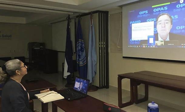 Foto Ministerio de Salud // Doctora Jazmina Umaña, Coordinadora del Programa de Inmunizaciones