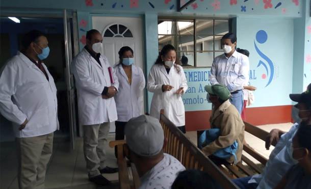 Foto MINSA // Doctora Sonia Castro durante su visita al Hospital de Somoto