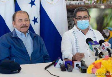 Foto CCC César Pérez: Encuentro del Presidente-Comandante Daniel y la Compañera Rosario con el Presidente de Honduras Hermano Juan Orlando Hernández