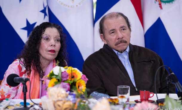 Foto CCC César Pérez: Presidentes de Centroamérica con Presidentes del BID, BM y BCIE