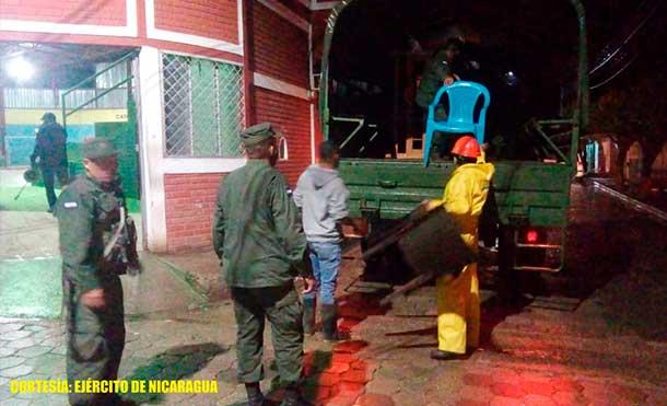 Foto Ejército de Nicaragua: Todas las personas evacuadas fueron trasladadas hacia los albergues habilitados por los COMUPRED y casas solidarias