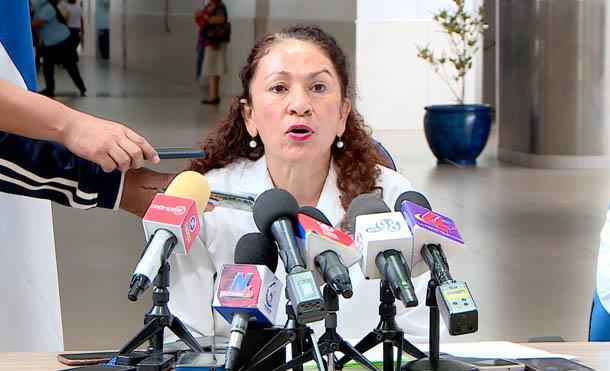 Ministra para temas de salud, compañera Sonia Castro
