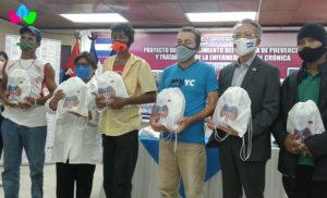 Foto Cortesía: Ministerio de Salud (MINSA) y Embajada de Taiwán en la Ceremonia de Entrega de 500 kits sanitarios para los pacientes con ERC que viven en áreas afectadas por los Huracanes ETA e IOTA.