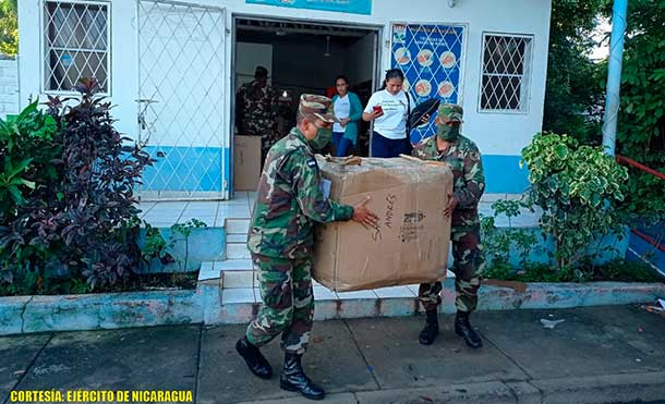Foto Ejército de Nicaragua: Con este traslado se benefició a 700 niños, entre las edades de 4 a 14 años. Se emplearon fuerzas y medios de la Brigada de Infantería Mecanizada.