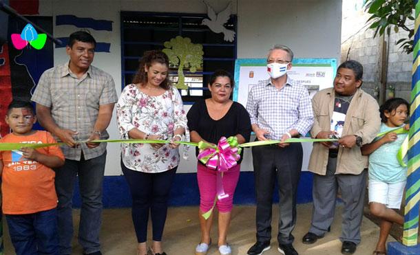 Foto Cortesía: Alcaldía de Managua y la Embajada de Taiwán, junto a la Compañera Olga López Dávila, en la entrega de la Vivienda Digna y Solidaria en el Barrio Naciones Unidas.
