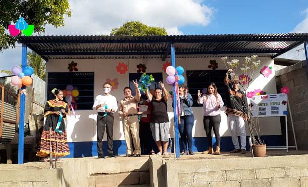 Foto Cortesía: Protagonista del Barrio Santa Rosa recibe Vivienda Digna. 14 de enero 2021.