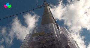 Medidores de energía, ubicados en un poste de energía eléctrica en las comunidades Calabaceras y Jicarito