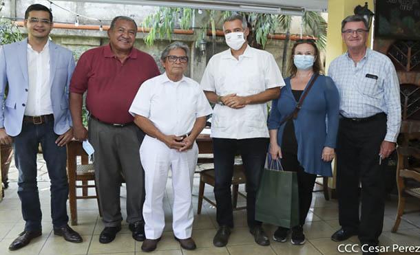 Foto CCC // Autoridades de la Alcalde de Granada, y el Embajador de Israel Señor Oren Bar-El