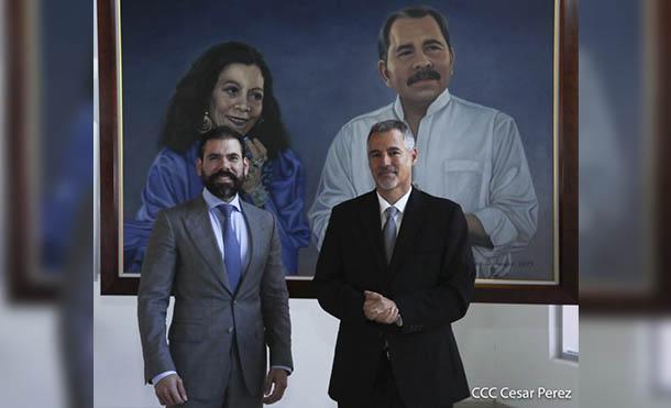 Foto César Pérez // Embajador de Israel Señor Oren Bar-El y Compañero Laureano Ortega