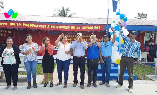 """Foto Cortesía: MINED inaugura """"Escuela Nueva Esperanza"""" en la Comunidad de El Coco del Caribe Sur"""