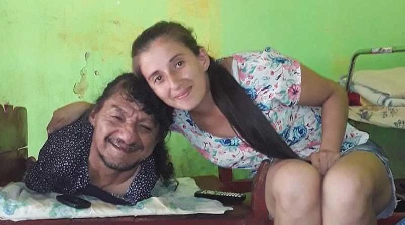 Pablo Acuña y su hija Élida