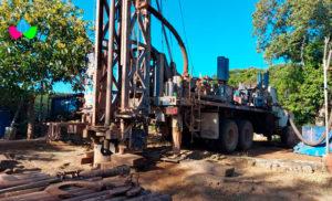 Foto Cortesía: Máquina perforadora en sitio de proyecto.
