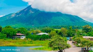 Vista panorámica de la Isla de Ometepe en Nicaragua