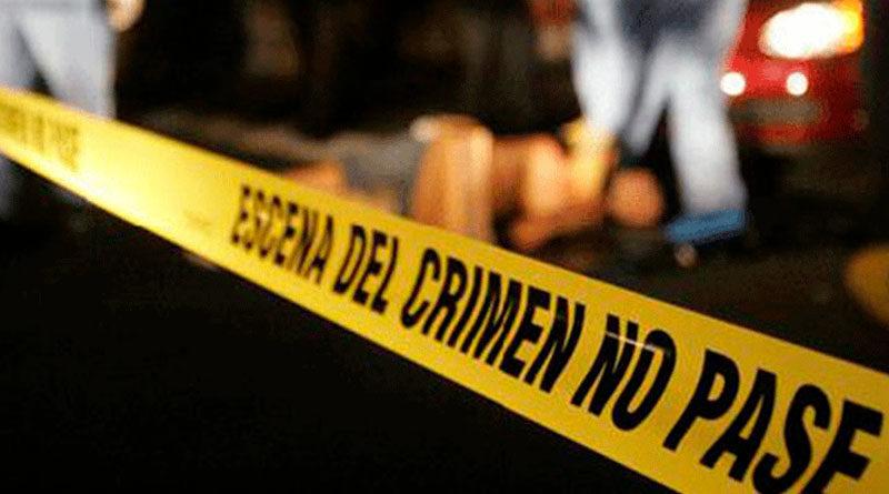 Línea policial escena del crimen no pase