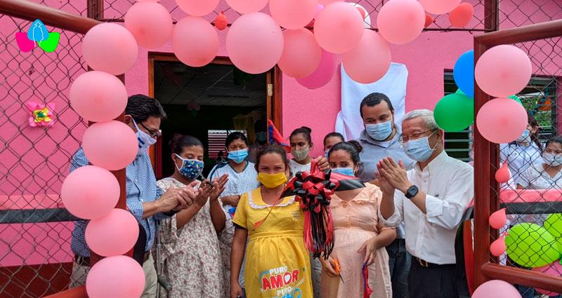 Embarazadas junto autoridades de Taiwán y el MINSA inauguran casa materna