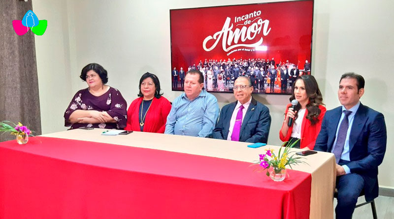 Artistas nicaragüenses y representantes de Fundación INCANRO y Teatro Nacional Rubén Darío