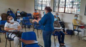 Médicos del Ministerio de Salud iniciaron el diplomado en Fitoterapia