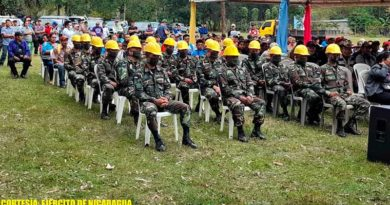 Miembros del Ejército de Nicaragua durante el lanzamiento del plan departamental contra incendios forestales