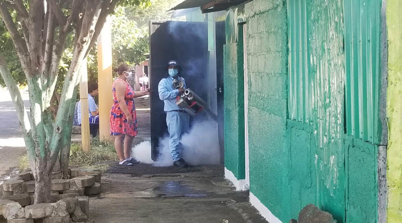 Brigadas del MINSA desarrollan jornada de lucha antiepidémica en el barrio San Judas