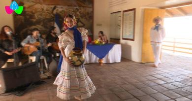 Presentación cultural desde la réplica de la Casa Museo Hacienda San Jacinto, ubicada en el Paseo Xolotlán, la Alcaldía de Managua.