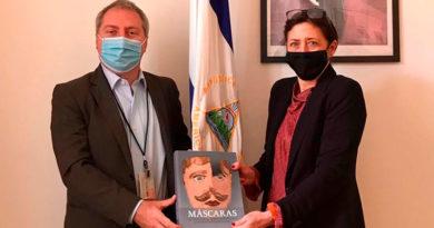 Embajadora Mónica Robelo con el Señor Sergio Maffettone, Jefe de Gabinete del Subsecretario de Relaciones Exteriores de Italia para la internacionalización de las empresas y las inversiones, la investigación y la innovación.