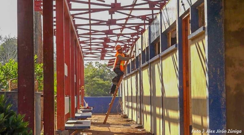Trabajadores dieron inicio con la reconstrucción del Instituto Nacional de Masatepe