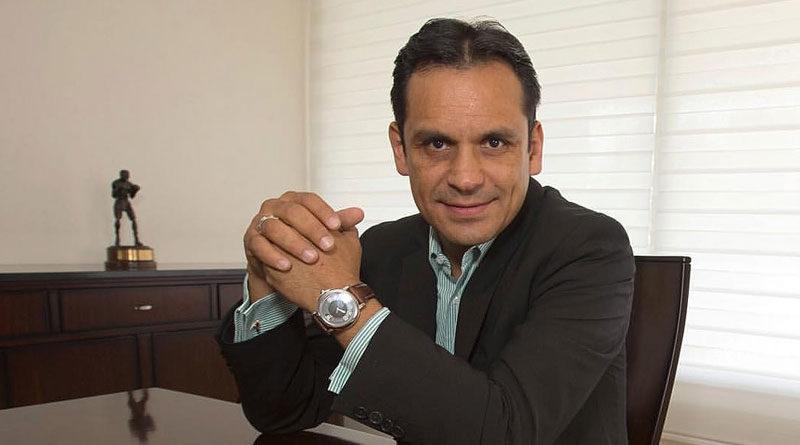 "Ricardo ""Finito"" López opina sobre la revancha ""Gallo"" Estrada vs ""Chocolatito"" 2"