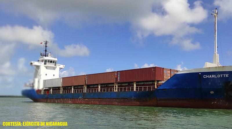 Buque mercante en aguas territoriales de Nicaragua