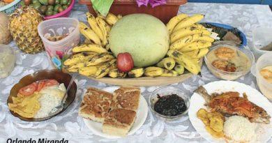 Comidas tradicionales exhibidas durante el festival gastronómico en Chiquilistagua