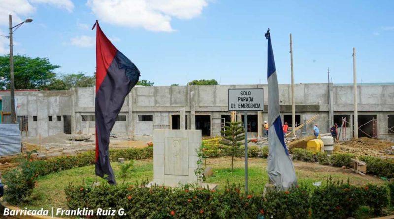 Vista general de la consulta externa en construcción en el Hospital Manolo Morales