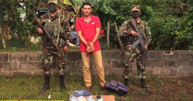 Ciudadano retenido por el Ejército de Nicaragua, quien ingresó al país por paso no habilitado con 4 paquetes de cocaína