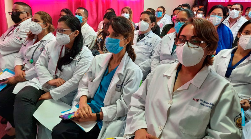 Médicos de Nicaragua en el Primer Foro Nacional e internacional de Espina Bífida