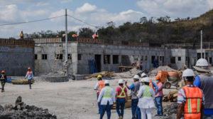 Doctora Sonia Castro, asesora presidencial para la salud, realiza visita al sitio donde se construye el Nuevo Hospital Primario en Mina El Limón, en el departamento de León, Nicaragua.
