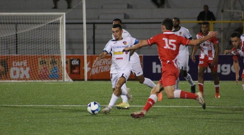 Jugadores del Managua FC y el Real Estelí durante el juego de la jornada 9 del Torneo Clausura 2021, desde el Estadio independencia.