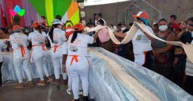 Familias de Santo Tomás, Chontales disfrutan de la feria del quesillo más grande de Nicaragua.