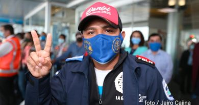 "Román ""Chocolatito"" González tras su llegas a Nicaragua, este sábado 20 de marzo."