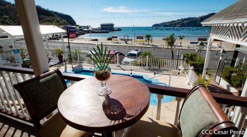Vista a la bahía de San Juan del Sur desde el Hotel Victoriano