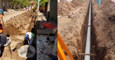 Trabajadores de ENACAL en el proyecto de Alcantarillado Sanitario y Tratamiento de las Aguas Residuales de Catarina, Masaya, Nicaragua