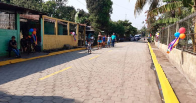 Vista de la calle inaugurada en el Reparto Rafaela Herrera de Chinandega