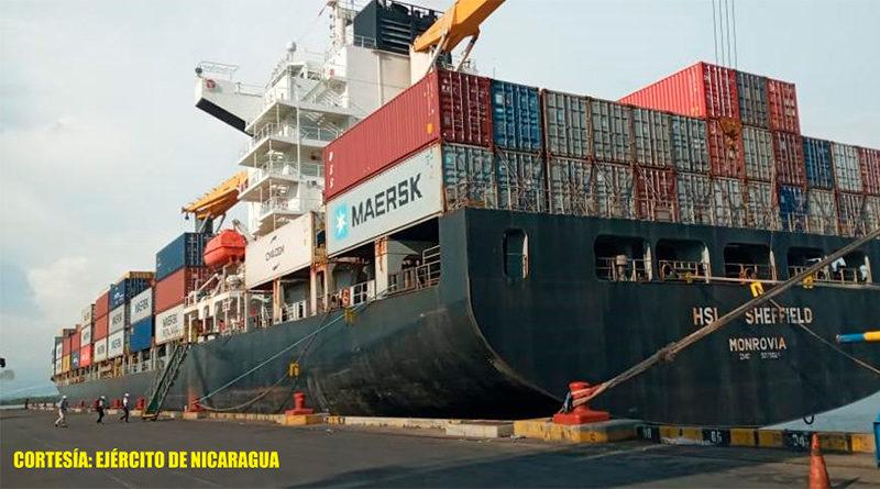 Buque mercante atendido por el Distrito Naval Pacífico de la Fuerza Naval de Nicaragua.