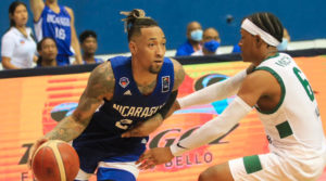 Jared Ruiz jugador de la Selección de Baloncesto de Nicaragua durante el juego contra Guyana en el pre-clasificatorios para la Copa del Mundo de Baloncesto FIBA 2023.