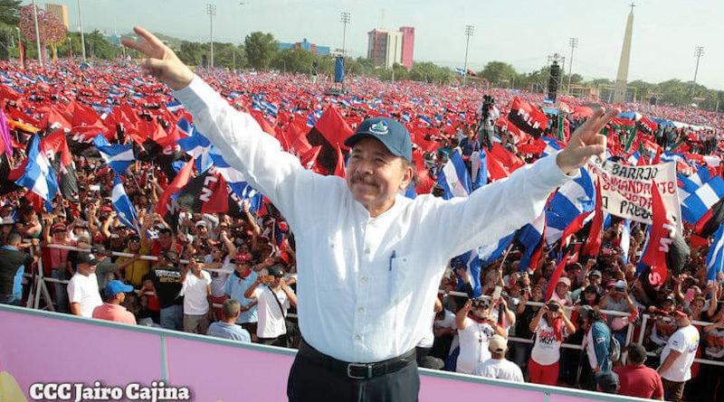 Presidente de Nicaragua, Comandante Daniel Ortega en la Plaza de la Revolución