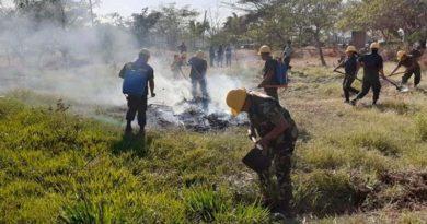 Miembros del Ejército de Nicaragua durante una jornada de extinción de incendios. Foto referencia